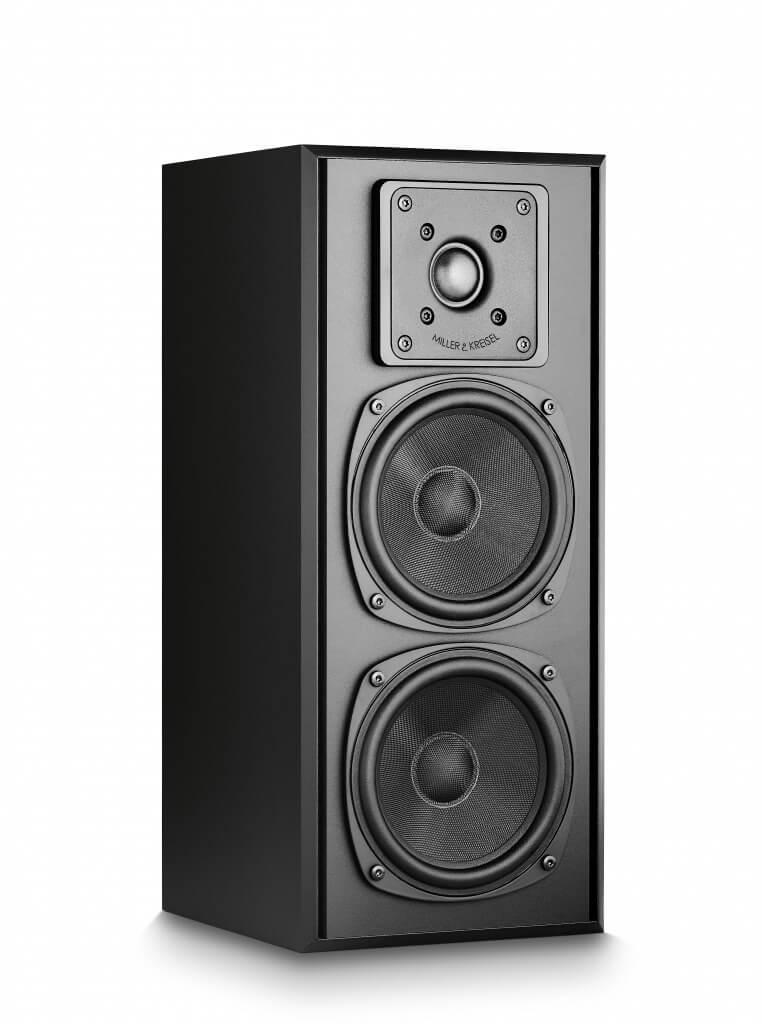 Die 750 Series von Miller & Kreisel Sound wurde erst kürzlich umfassend überarbeitet, um das Klangniveau der kompakten Lautsprecher nochmals zu steigern. Hierfür hat der Hersteller auf Technologien aus der High-End-Serie S150 zurückgegriffen. Auch die Neuauflage der Serie hält weiterhin die strengen Vorgaben von THX Select ein und überzeugt mit einer kräftigen, brillanten Wiedergabe, die einen exzellenten Ruf bei Kunden und Fachpresse genießt. Momenten gilt außerdem noch ein Aktionsangebot: Die Lautsprecher der 750 Series sind in Kombination mit dem V12 Subwoofer für unschlagbare 3.333 Euro erhältlich. Für den Einstieg in die Welt des legendären M&K Sounds hat der Hersteller zudem das Movie 5.1 System im Sortiment, das trotz der geringen Abmessungen sowie des moderaten Preises von 1.500 Euro eine starke Performance an den Tag legt und sich dezent in das Wohnzimmer einfügt.