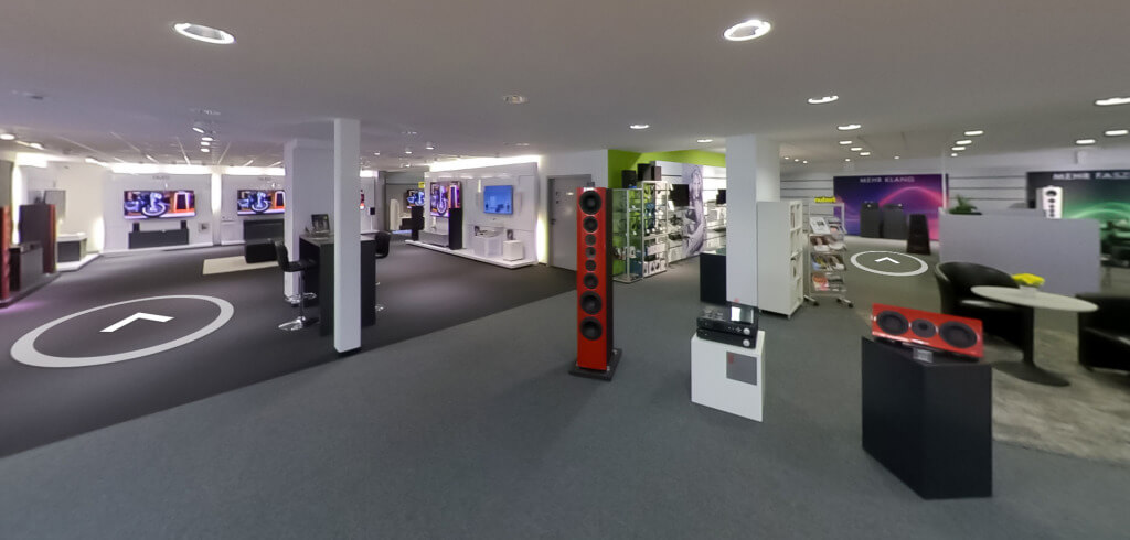 Ab sofort können Kundinnen und Kunden den Schwäbisch Gmünder Stammsitz der Klangexperten von Nubert im Internet besichtigen und sich einen bildhaften Eindruck vom umfangreichen Angebot an Lautsprechern, Heimkino- und HiFi-Elektronik verschaffen.